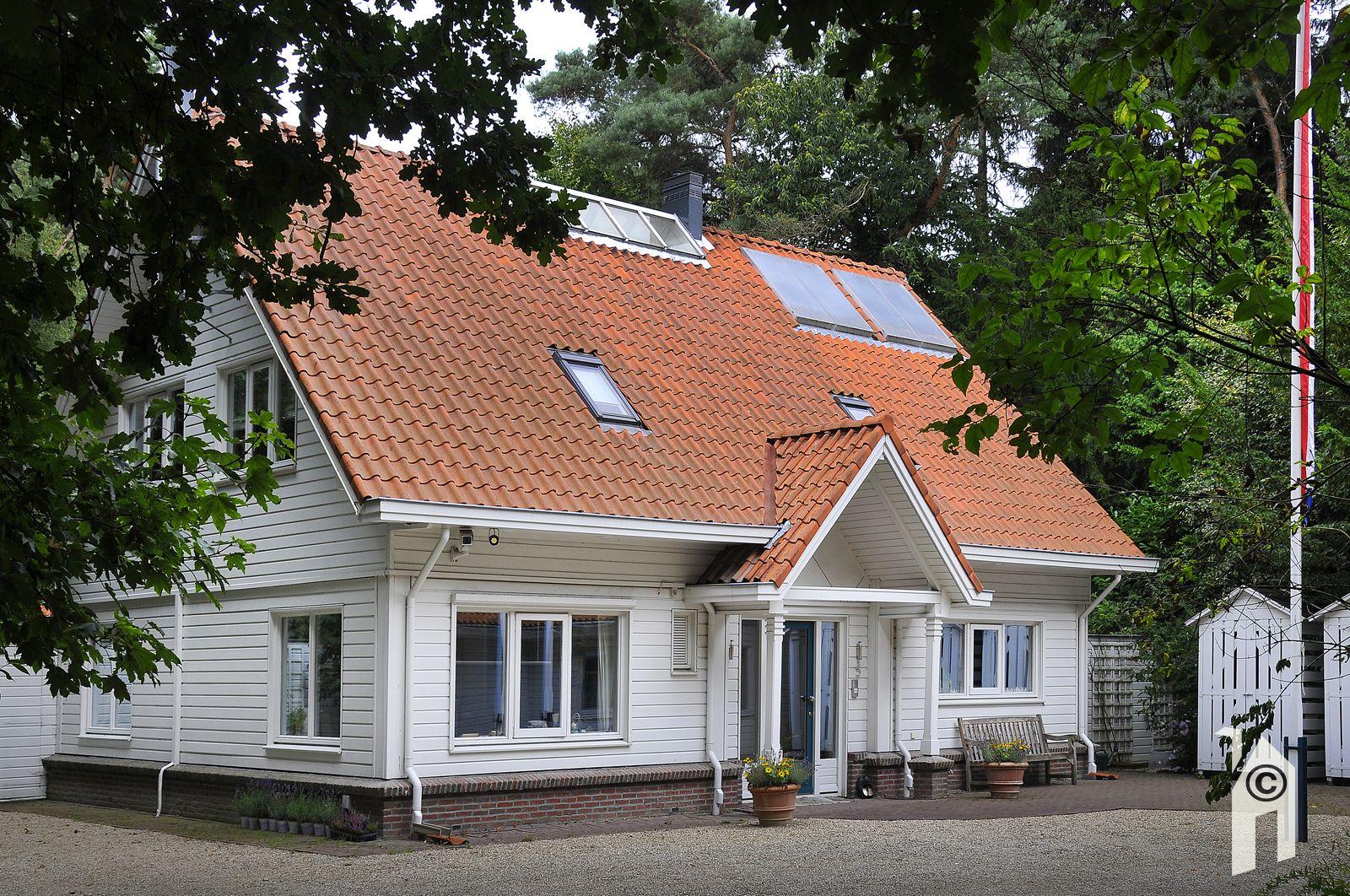 Ontwerp huisje houten - Meer mooie houten huizen ...