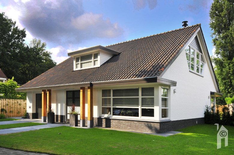 Roscobouw kleiner wonen groter plezier - Moderne entreehal ...