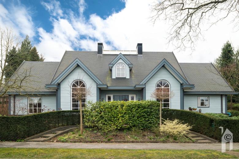 Finn logs amerikaanse stijl for Houten huis laten bouwen