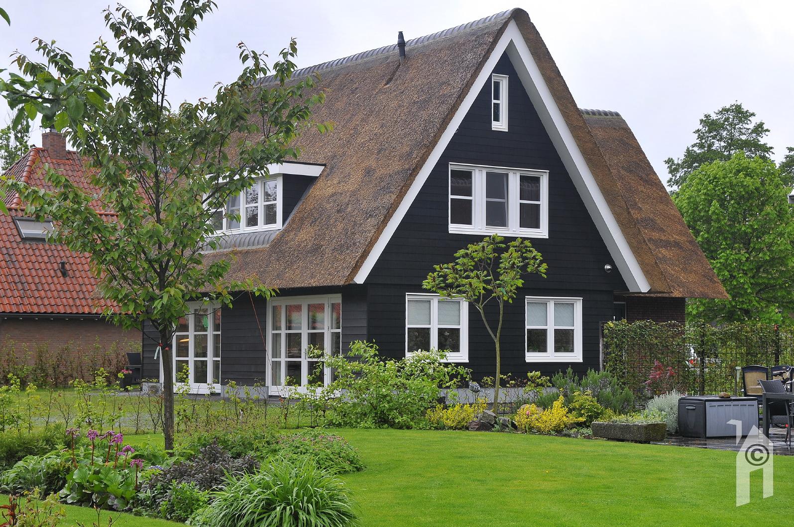Ontwerp huisje houten - Interieur houten huisje ...