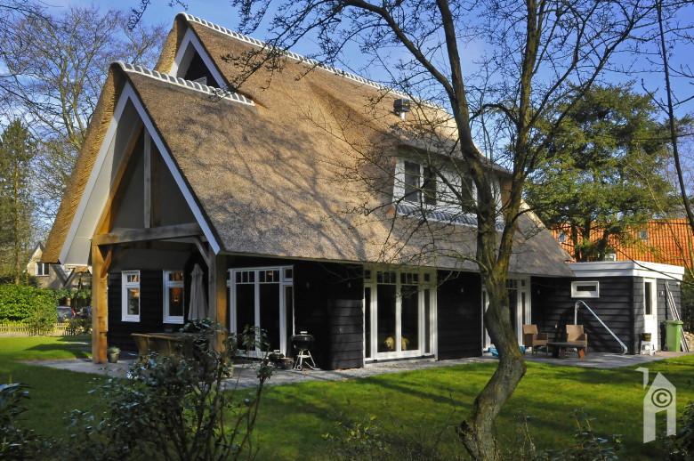 Presolid home charme aan de rand van het duinbos - Meer mooie houten huizen ...